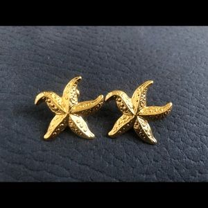 Gold tone Starfish stud earrings